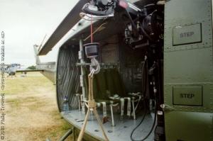 UH-1H_12
