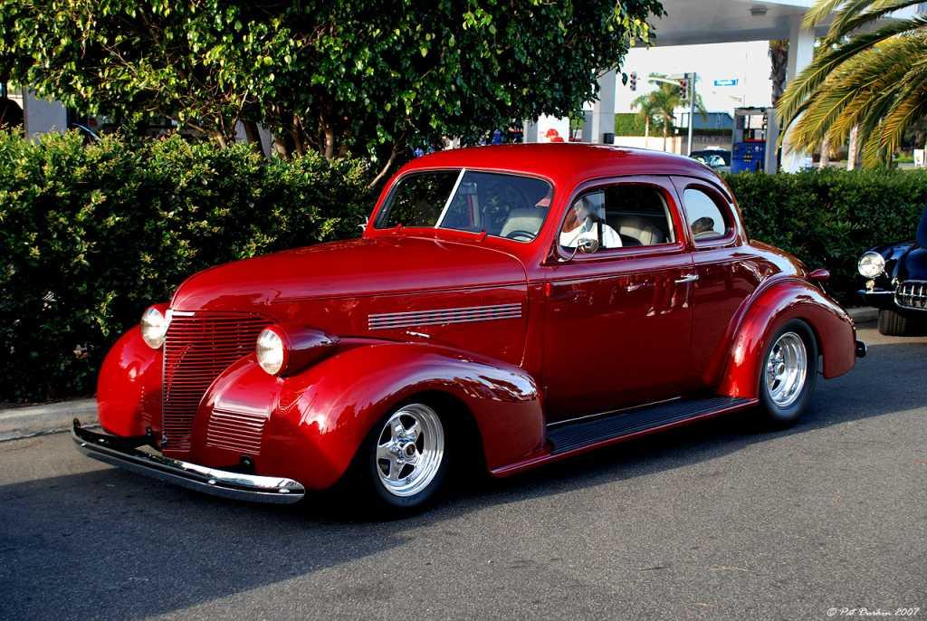 1933 dodge 3 window coupe